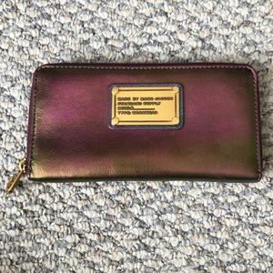Marc Jacobs iridescent purple leather wallet